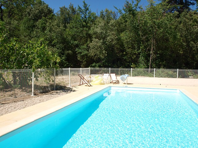pool holiday vacation rental cevennes nimes montpellier
